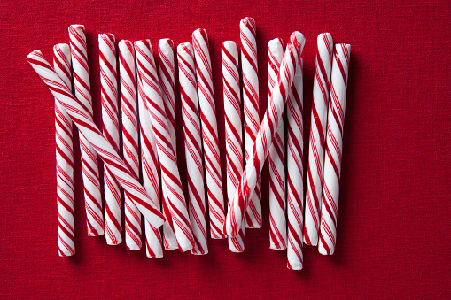 Candy Cane「Row of candy canes」:スマホ壁紙(7)