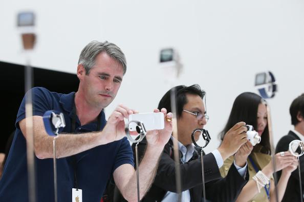 Apple Watch「Apple Unveils iPhone 6」:写真・画像(8)[壁紙.com]