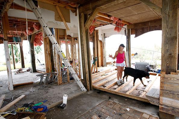 Hurricane Ike「Coastal Texas Faces Heavy Damage After Hurricane Ike」:写真・画像(0)[壁紙.com]