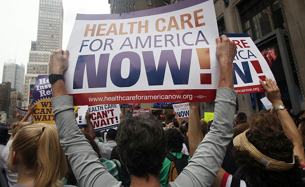 Healthcare And Medicine「Activists Rally For Health Care Insurance Reform」:写真・画像(3)[壁紙.com]