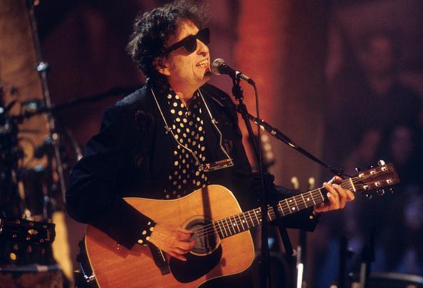 MTV「MTV Unplugged: Bob Dylan」:写真・画像(4)[壁紙.com]
