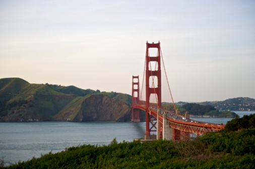 20th Century Style「Curve of the Golden Gate Bridge,  view to Marin County」:スマホ壁紙(16)