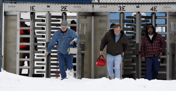 Downsizing - Unemployment「Chrysler To Close All 30 Manufacturing Plants For One Month」:写真・画像(11)[壁紙.com]