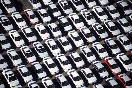 Conformity「Aerial of a car lot」:スマホ壁紙(18)