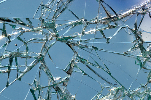 Shattered Glass「Broken Windshield」:スマホ壁紙(18)