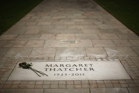 Place of Worship「The Memorial Stone For Baroness Margaret Thatcher」:写真・画像(17)[壁紙.com]