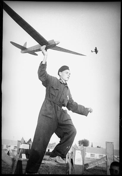 Max Penson「Model Aircraft Constructor」:写真・画像(18)[壁紙.com]