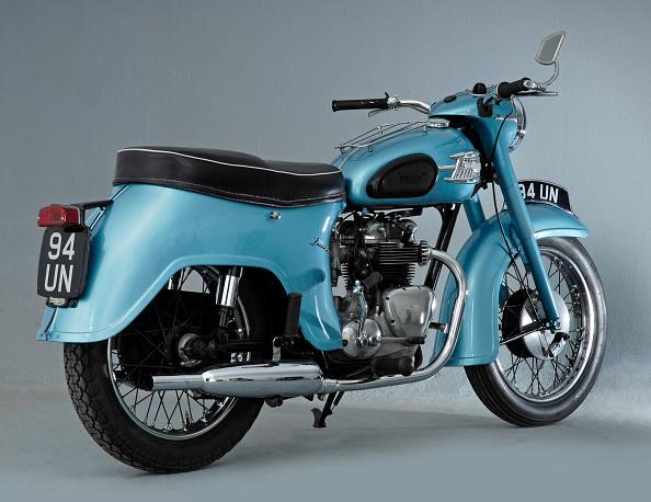 20-24 Years「1962 Triumph 3TA」:写真・画像(12)[壁紙.com]