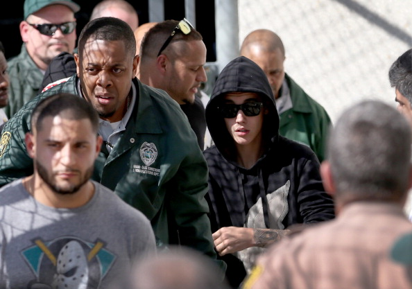 Drunk Driving「Justin Bieber Arrested In Miami Beach」:写真・画像(12)[壁紙.com]