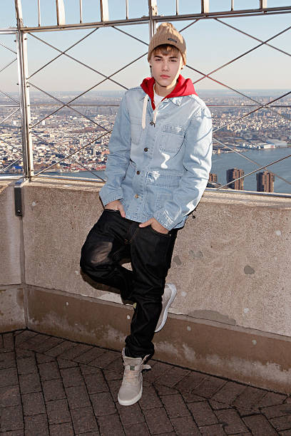 Justin Bieber Lights The Empire State Building:ニュース(壁紙.com)