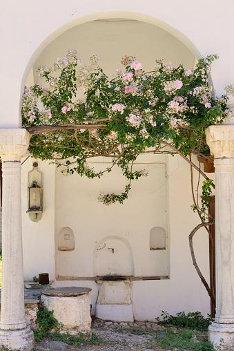 Mt Athos Monastic Republic「Greece, Chalkidiki, Mount Athos peninsula, World Heritage Site, Great Lavra (Megistis Lavras) monastery」:スマホ壁紙(8)
