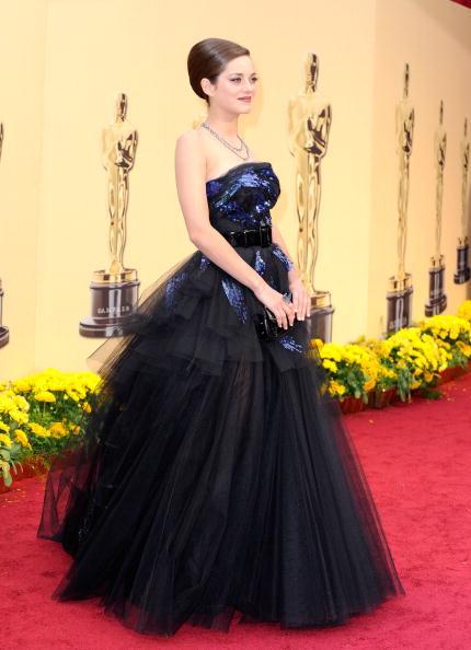 Train - Clothing Embellishment「81st Annual Academy Awards - Arrivals」:写真・画像(19)[壁紙.com]