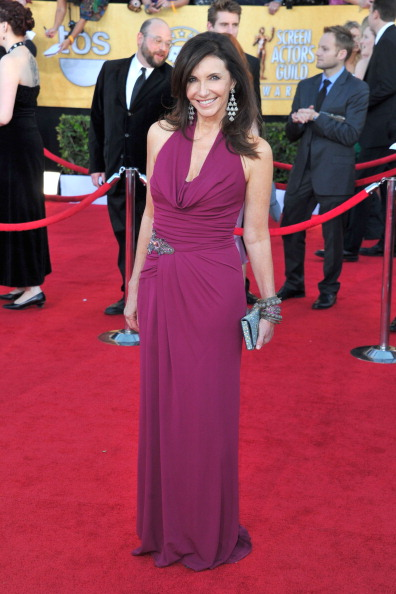 Halter Top「18th Annual Screen Actors Guild Awards - Arrivals」:写真・画像(2)[壁紙.com]