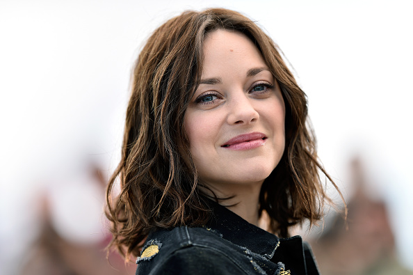 """Marion Cotillard「""""From The Land And The Moon (Mal De Pierres)"""" Photocall - The 69th Annual Cannes Film Festival」:写真・画像(18)[壁紙.com]"""