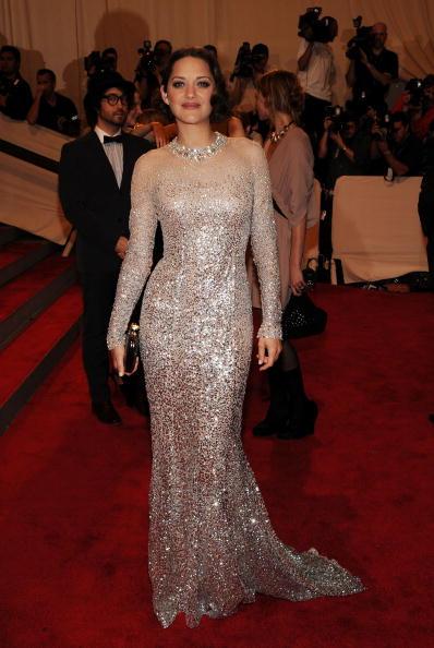 "Clutch Bag「""American Woman: Fashioning A National Identity"" Met Gala - Arrivals」:写真・画像(3)[壁紙.com]"