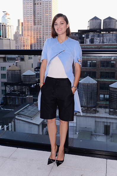"Bermuda Shorts「Sundance Selects With Dior Beauty & The Cinema Society Host A Party For The NYFF Premiere Of ""Two Days, One Night""」:写真・画像(0)[壁紙.com]"
