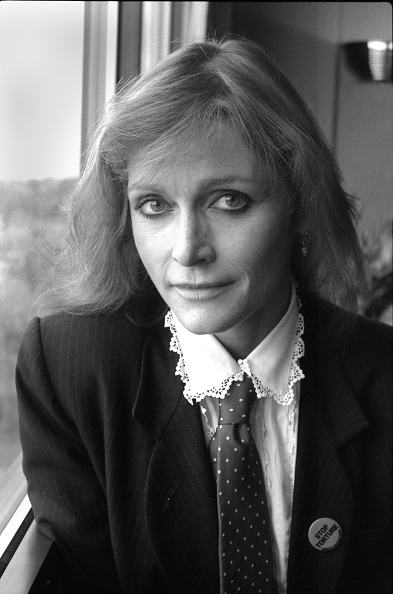 Mickey Adair「Margot Kidder Portrait」:写真・画像(0)[壁紙.com]