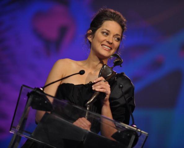 Elie Saab - Designer Label「2010 Palm Springs International Film Festival Gala - Awards Presentation」:写真・画像(7)[壁紙.com]