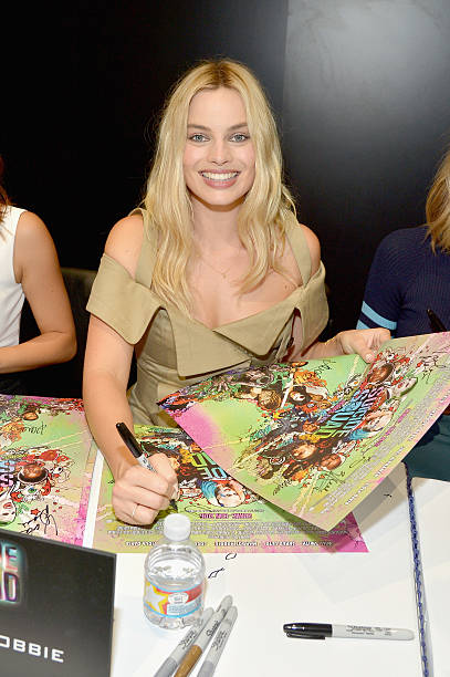 Suicide Squad Cast Signing At San Diego Comic-Con 2016:ニュース(壁紙.com)
