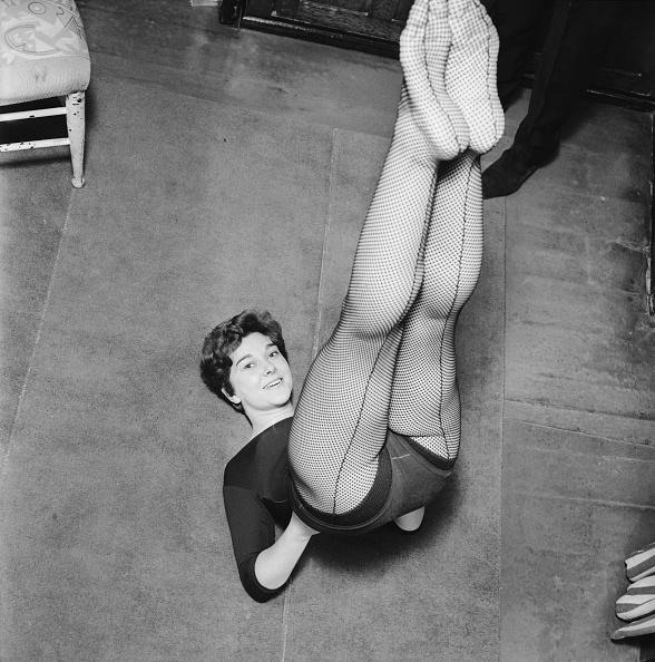 Stockings「Keeping In Trim」:写真・画像(18)[壁紙.com]