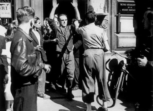 Surrendering「Germans Out」:写真・画像(15)[壁紙.com]