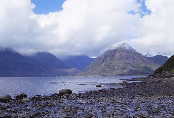 The Black Cuillins Across Loch Scavaig:ニュース(壁紙.com)