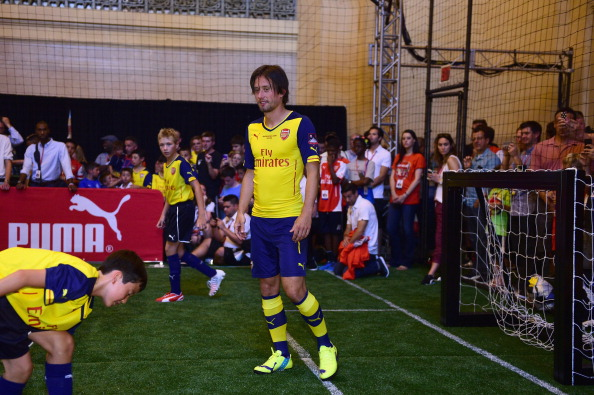 Aaron Ramsey「PUMA Partners With Arsenal Football Club To Debut Monumental Cannon In Grand Central Station」:写真・画像(9)[壁紙.com]