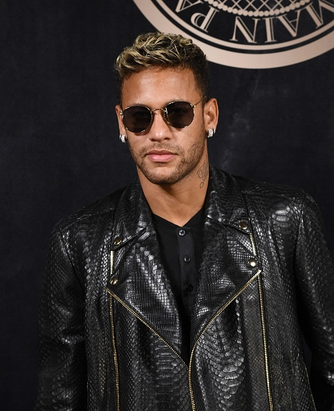 Neymar da Silva「L'Oreal Paris X Balmain Arrivals - Paris Fashion Week Womenswear S/S 2018」:写真・画像(16)[壁紙.com]
