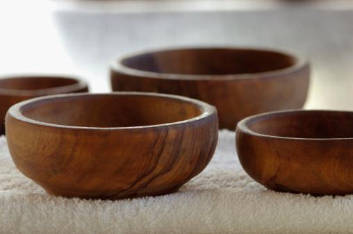 Feng Shui「Wooden bowls. close-up」:スマホ壁紙(18)