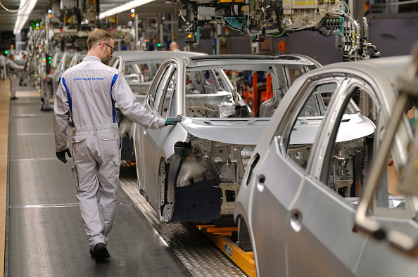 Plant「Volkswagen Revs Up ID.3 Electric Car Production At Zwickau Plant」:写真・画像(15)[壁紙.com]