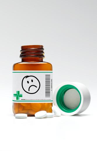 Worried「Sad/unhappy face pill bottle and pills」:スマホ壁紙(10)