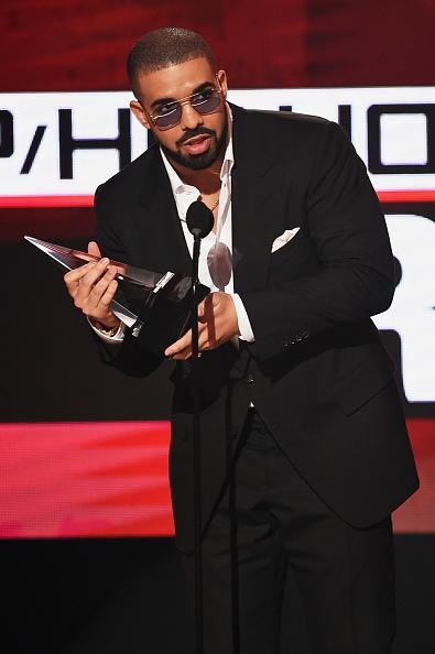Drake - Entertainer「2016 American Music Awards - Show」:写真・画像(17)[壁紙.com]