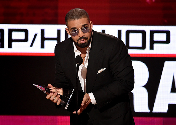 Drake - Entertainer「2016 American Music Awards - Show」:写真・画像(12)[壁紙.com]