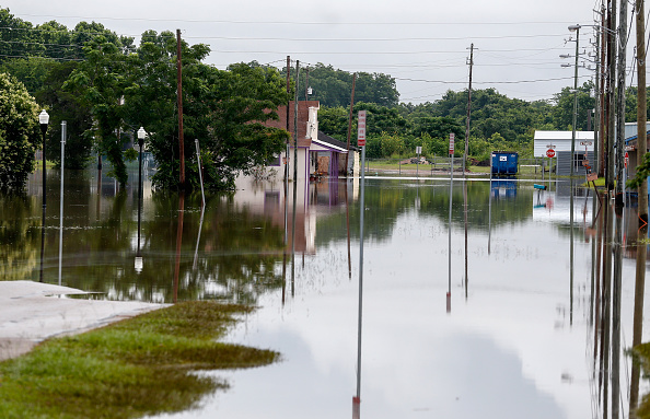Gulf Coast States「Severe Flooding Continues In Houston Area」:写真・画像(0)[壁紙.com]