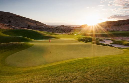 Golf「Putting Green at Sunset」:スマホ壁紙(0)