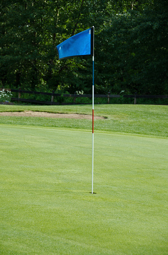 ゴルフ「パッティンググリーン、ゴルフの旗」:スマホ壁紙(17)