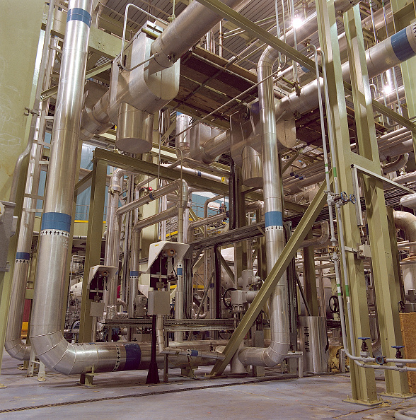 Sparse「Pipework in the turbine hall of Corby gas-fired power station. United Kingdom.」:写真・画像(17)[壁紙.com]