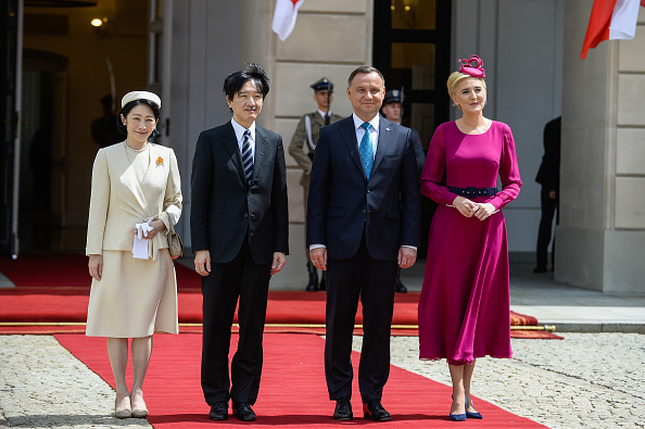 Japanese Royalty「Crown Prince Akishino and Crown Princess Kiko Meet Polish Presidental Couple In Warsaw」:写真・画像(1)[壁紙.com]