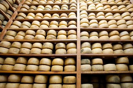 Basement「Wooden shelves of aging wheels of cheese」:スマホ壁紙(4)