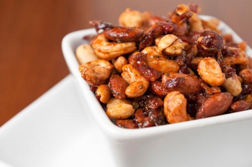 Thyme「Bacon-Maple Spiced Nuts」:スマホ壁紙(14)