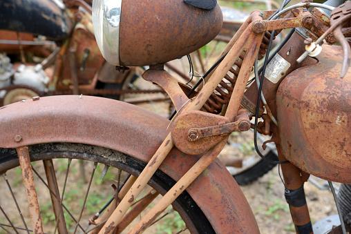 Motorcycle「Rusty Old Peugeot Motobike or Motorcycle」:スマホ壁紙(7)