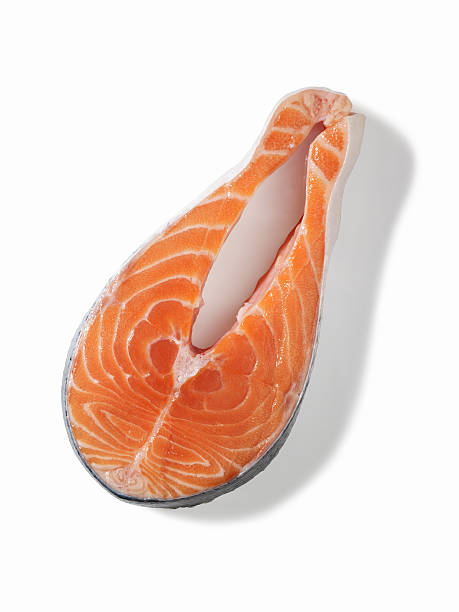 Raw salmon steaks (isolated with clipping path over white background):スマホ壁紙(壁紙.com)