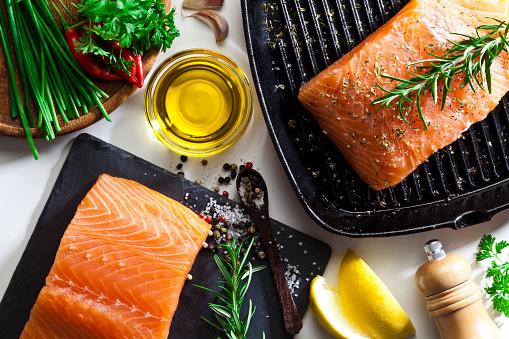 Salmon - Seafood「Raw salmon steak」:スマホ壁紙(18)