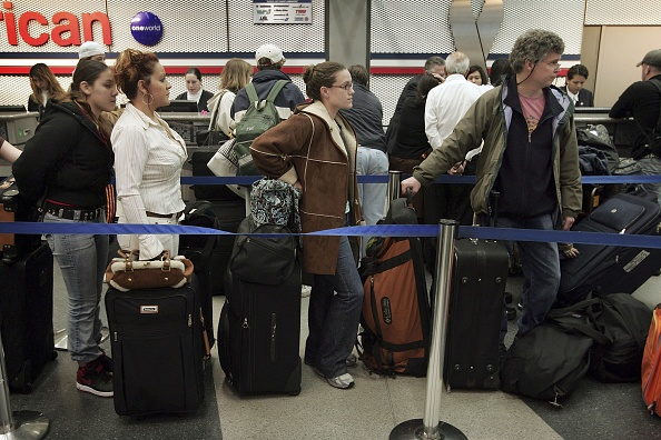 Holiday - Event「Delays Hamper Busiest Holiday Travel Day At O'Hare」:写真・画像(0)[壁紙.com]