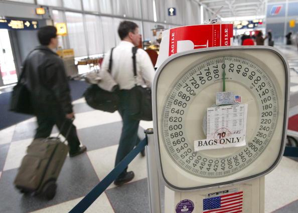 Luggage「NTSB Suggests Weighing Passengers Before Boarding Flights」:写真・画像(7)[壁紙.com]