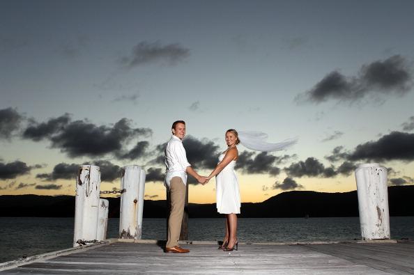 Wedding Vows「Honeymoon Testers Attempt To Break Wedding Vow Record In Queensland」:写真・画像(15)[壁紙.com]