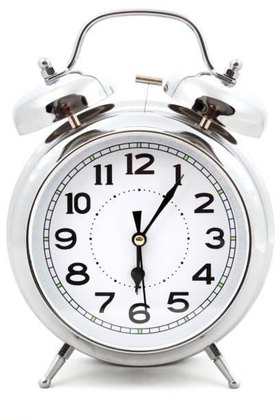 Alarm clock:スマホ壁紙(壁紙.com)