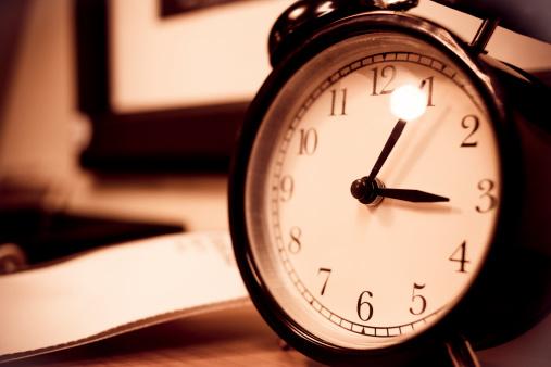 Clock「目覚まし時計」:スマホ壁紙(1)
