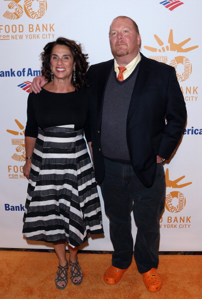 Crocs Shoe「Food Bank For New York City's Can-Do Awards Celebrating 30 Years Of Service To NYC - Arrivals」:写真・画像(13)[壁紙.com]