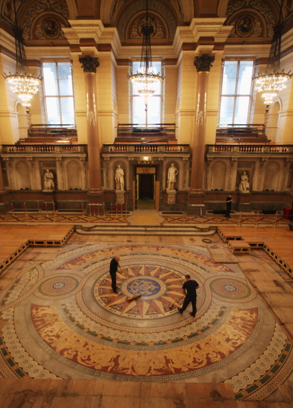 Tiled Floor「St Georges Hall's Rare Minton Floor Tiles Are Prepared For Public Display」:写真・画像(6)[壁紙.com]